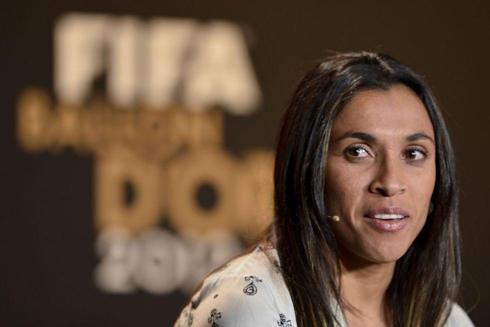 """Marta: """"Cambiaría mis 5 Balones por el Mundial para Brasil"""""""