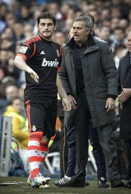 Casillas y Messi votaron a Mou como mejor entrenador del 2012