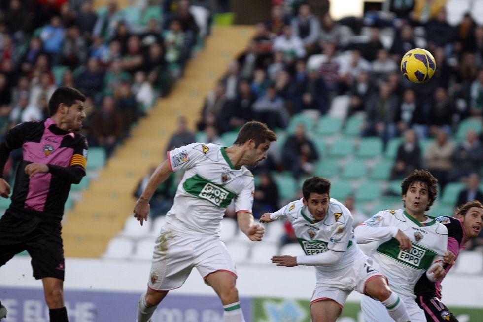 El Elche hace historia con su triunfo ante el Sabadell