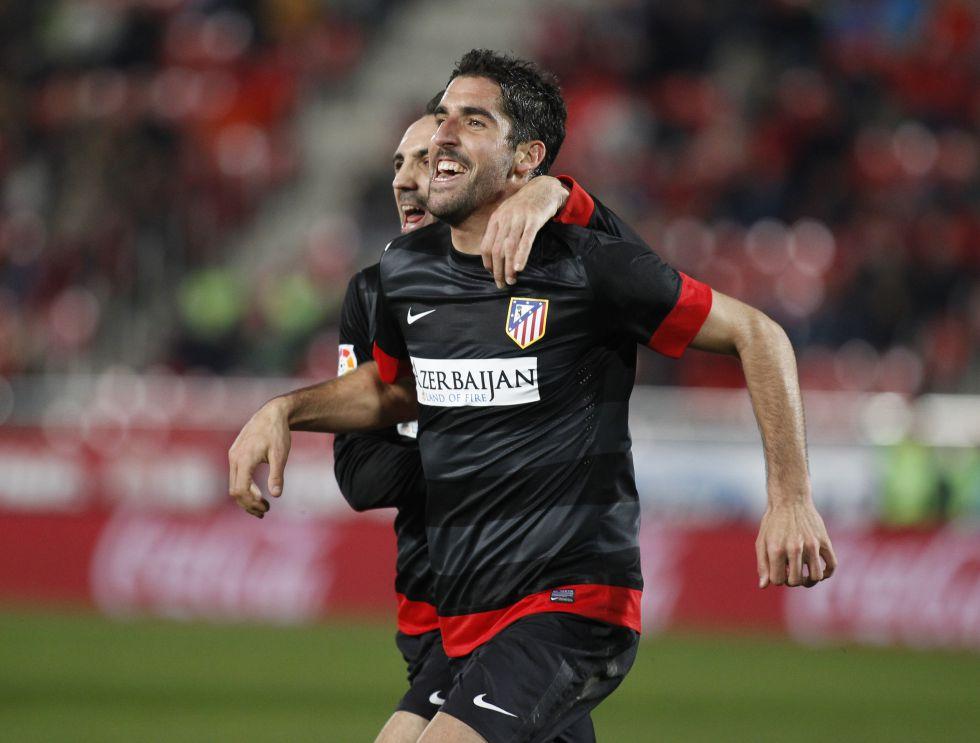 Raúl García ya es el segundo máximo goleador del Atlético