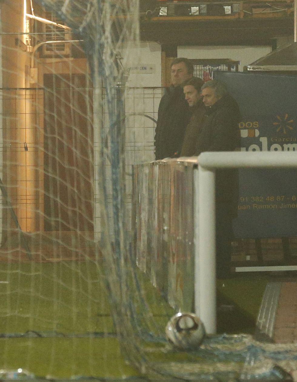 Mourinho 'trabajó' viendo el entrenamiento de su hijo