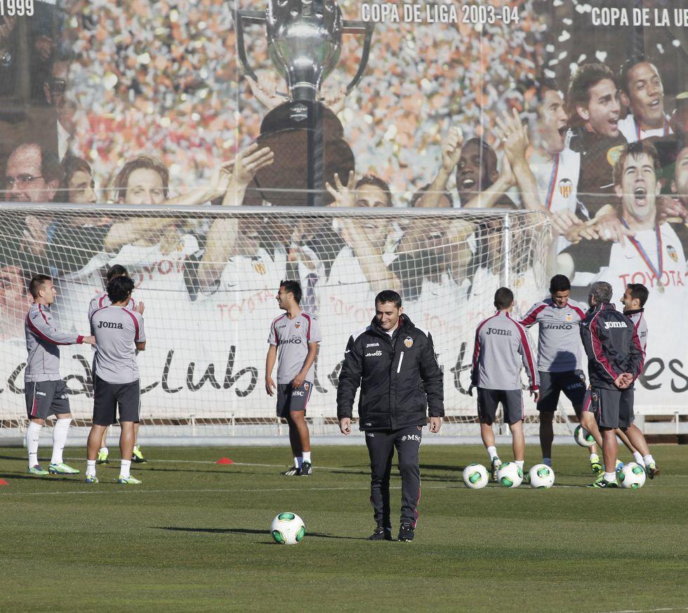 Valverde cita a los habituales excepto a Joao Pereira