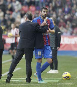 El Levante recurrirá la tarjeta amarilla a Iborra ante el Athletic