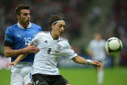 Özil, mejor de su selección según los aficionados alemanes