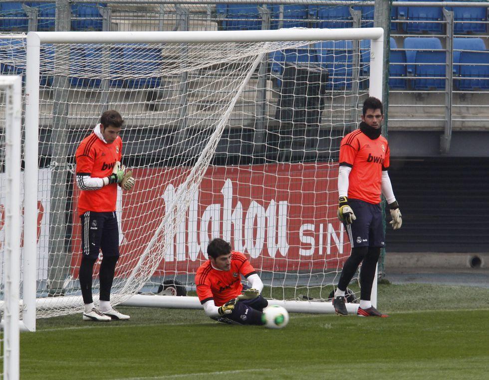 Ni Iker Casillas ni Adán saben quién va a ser titular hoy
