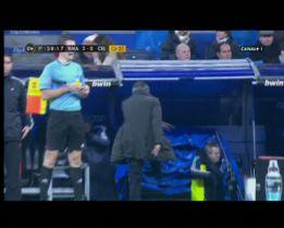 Soberbio enfado de Mourinho por la no expulsión de Túñez