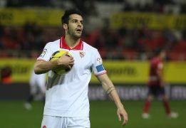 Según 'Daily Mail', Tottenham y Sevilla negocian por Negredo