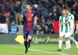 Sólo Messi mejora las buenas cifras anotadoras de David Villa