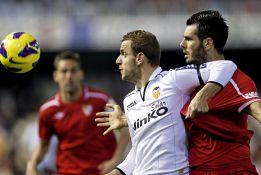 Soldado marca la diferencia y dispara al Valencia de Valverde