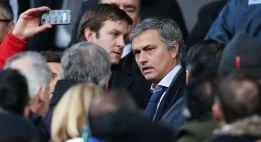 Mourinho estuvo en Old Trafford viendo al Manchester United