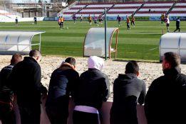 Insultos a Míchel y la plantilla en el entrenamiento del Sevilla