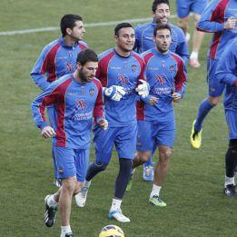 El Levante vuelve a entrenar sin cinco de sus jugadores