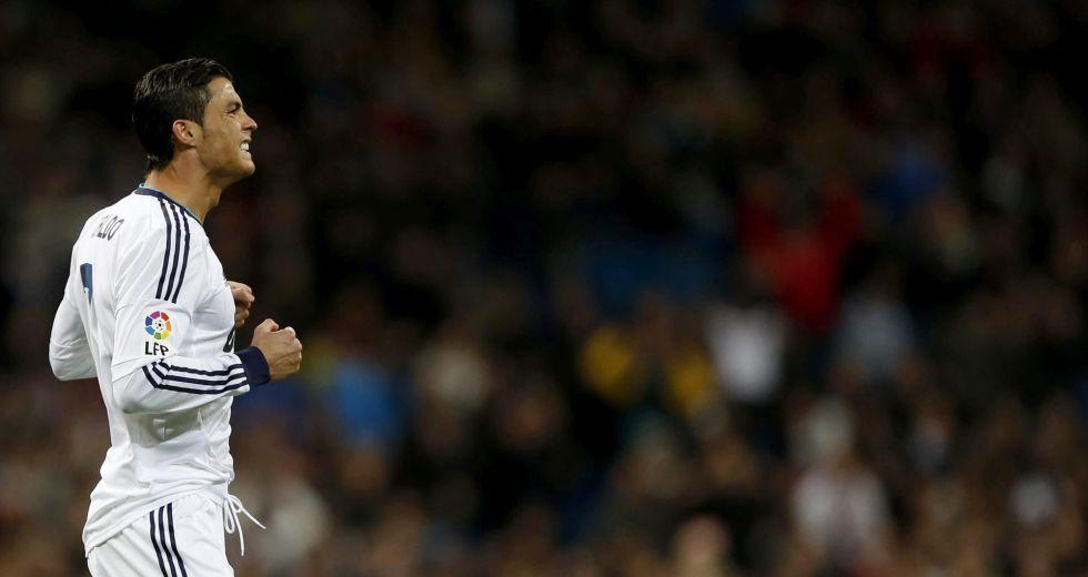 El Bernabéu aclamó a Cristiano al ver que no encontraba puerta
