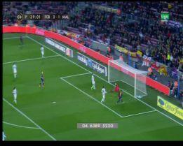Alexis falla dos goles cantados y exaspera otra vez al Camp Nou