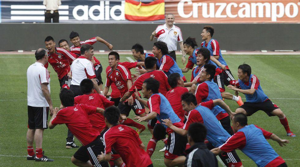 Lippi no ayuda a la selección China que dirige Camacho