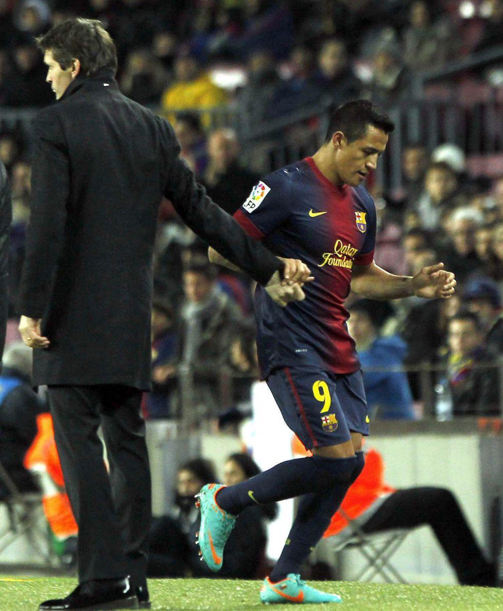 """""""A Alexis hay que ayudarle, el Camp Nou se comió a grandes"""""""