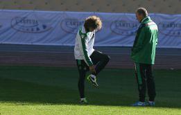Mel recupera a Ángel y convoca a 18 jugadores ante el Atlético