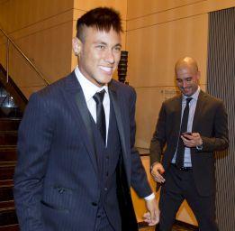 El club bávaro se suma a la puja por fichar al brasileño Neymar