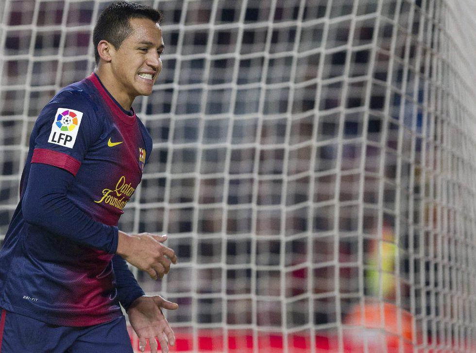 Alexis: 1.320 minutos en partidos oficiales para sólo tres goles