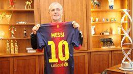 """Müller recibe la camiseta que le envió Messi: """"Es el mejor"""""""