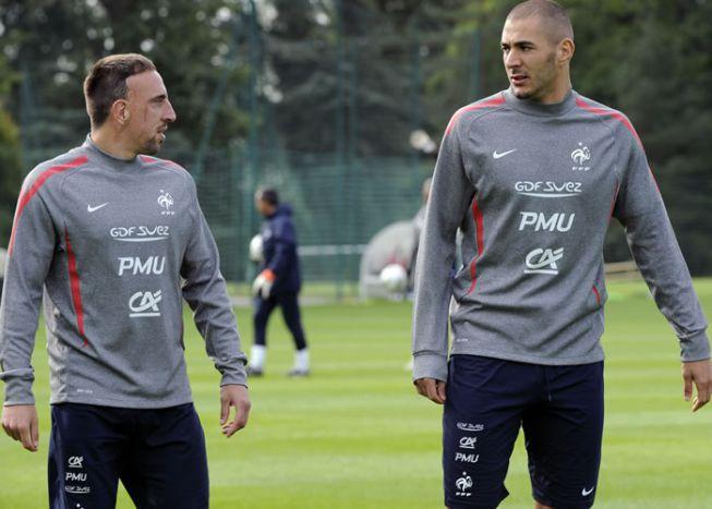 Benzema y Ribéry irán a juicio por prostitución de menores
