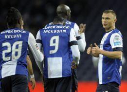 El Oporto derrota al Pacos Ferreira e iguala al Benfica