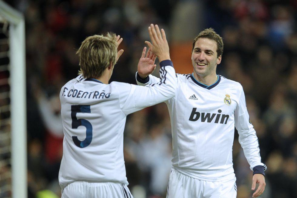 La Juve propone al Real Madrid el cambio de Vidal por Higuaín