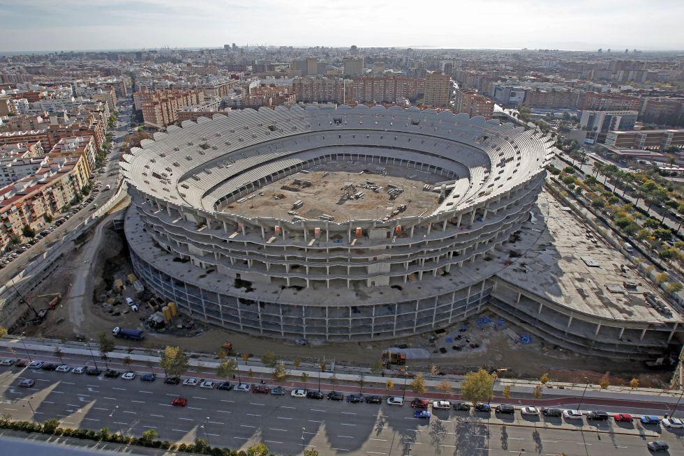 En Valencia la crisis institucional acompaña a la crisis deportiva