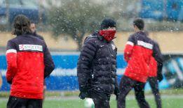 El Atlético se ejercita bajo la nieve sin Falcao, ni Diego Costa