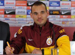 "Sneijder: ""Mou me convenció para venir al Galatasaray"""
