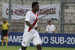 Acusan a un sub-20 de Perú de ser ecuatoriano y pasar la edad