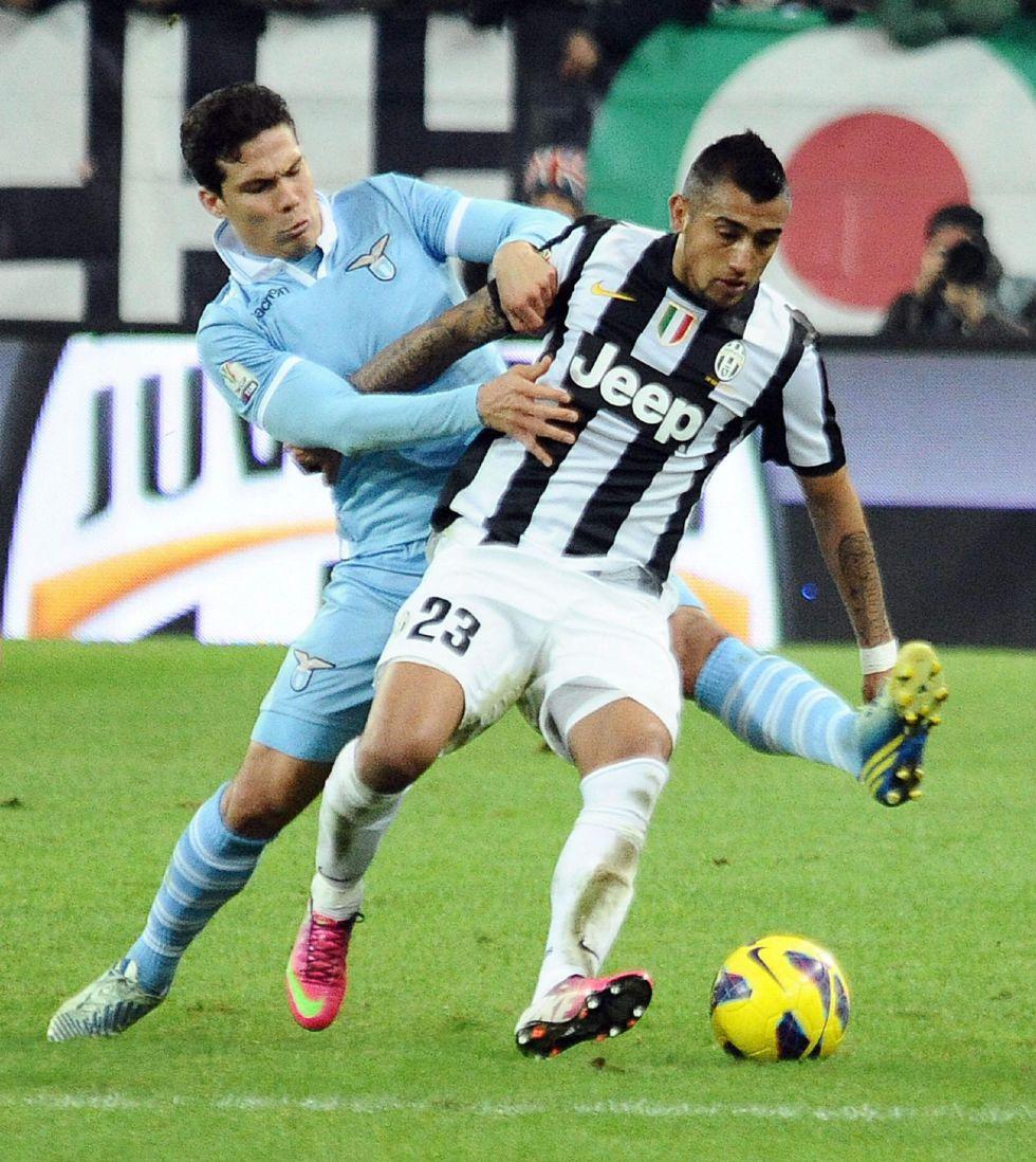 Juventus y Lazio empatan en la ida de semifinales de Copa