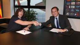 Puyol firma hasta 2016: &quot;Quiero jugar hasta que tenga 40 aos&quot;