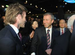 El hijo mayor de los Beckham prueba suerte en el Chelsea