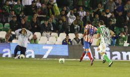 El Atleti no sufre sin Falcao y ya espera al Sevilla en semifinales