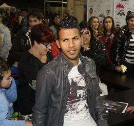 El Rayo pide al Valencia la cesión de Jonathan Viera