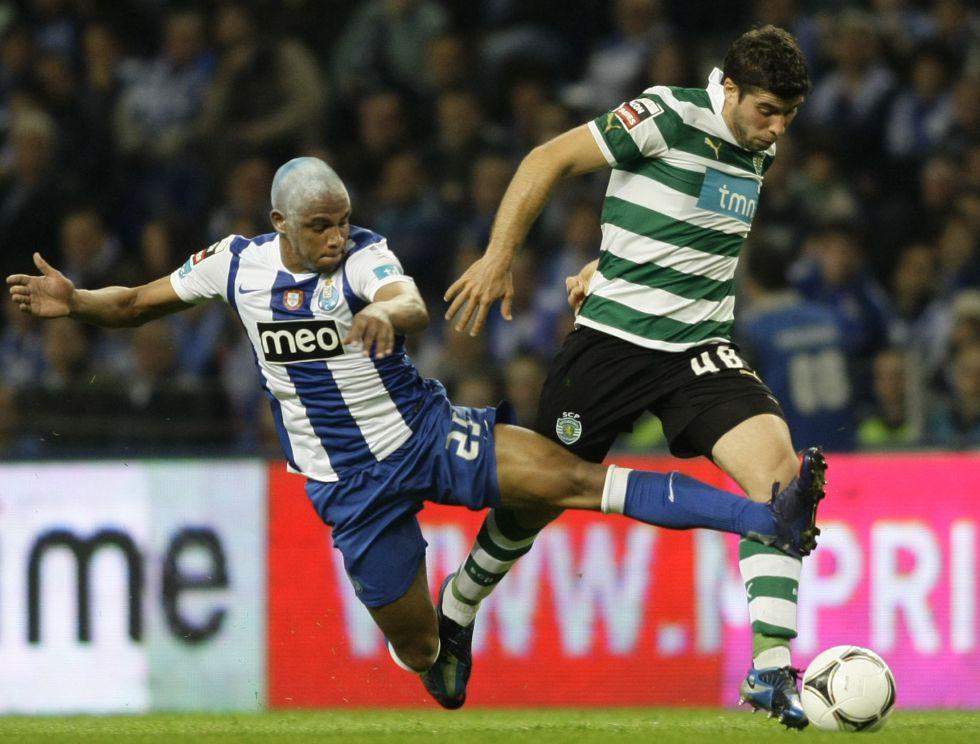 Emiliano Insúa firma con el Atlético de Madrid hasta 2016