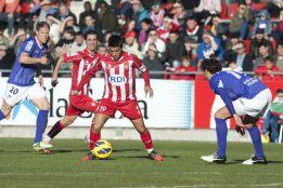 El Girona decide cerca del final