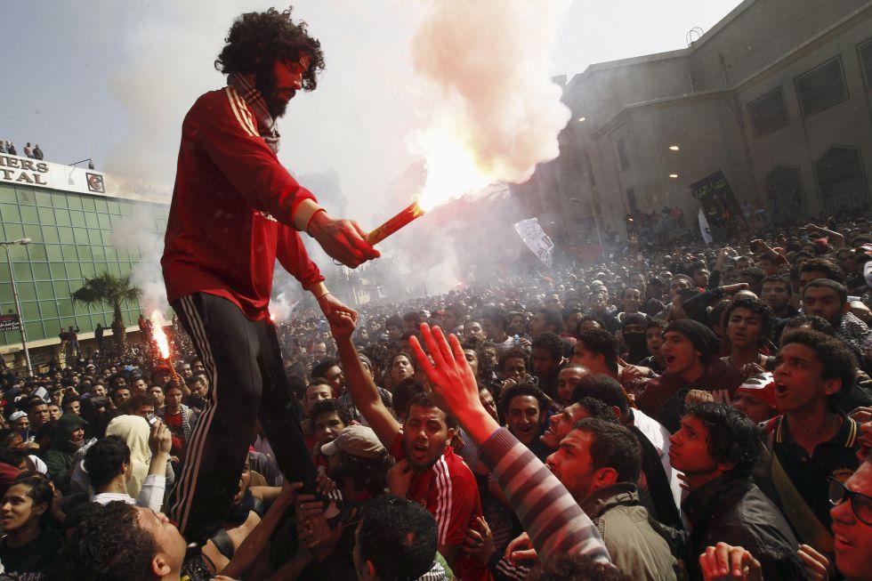 Los graves disturbios de Port Said dejan al menos 30 muertos