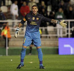 El Camp Nou juzgará esta tarde la decisión de Víctor Valdés