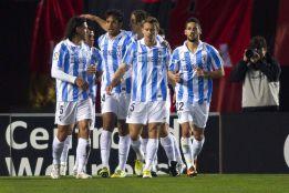 El Málaga acaba sufriendo ante la tardía reacción del Mallorca