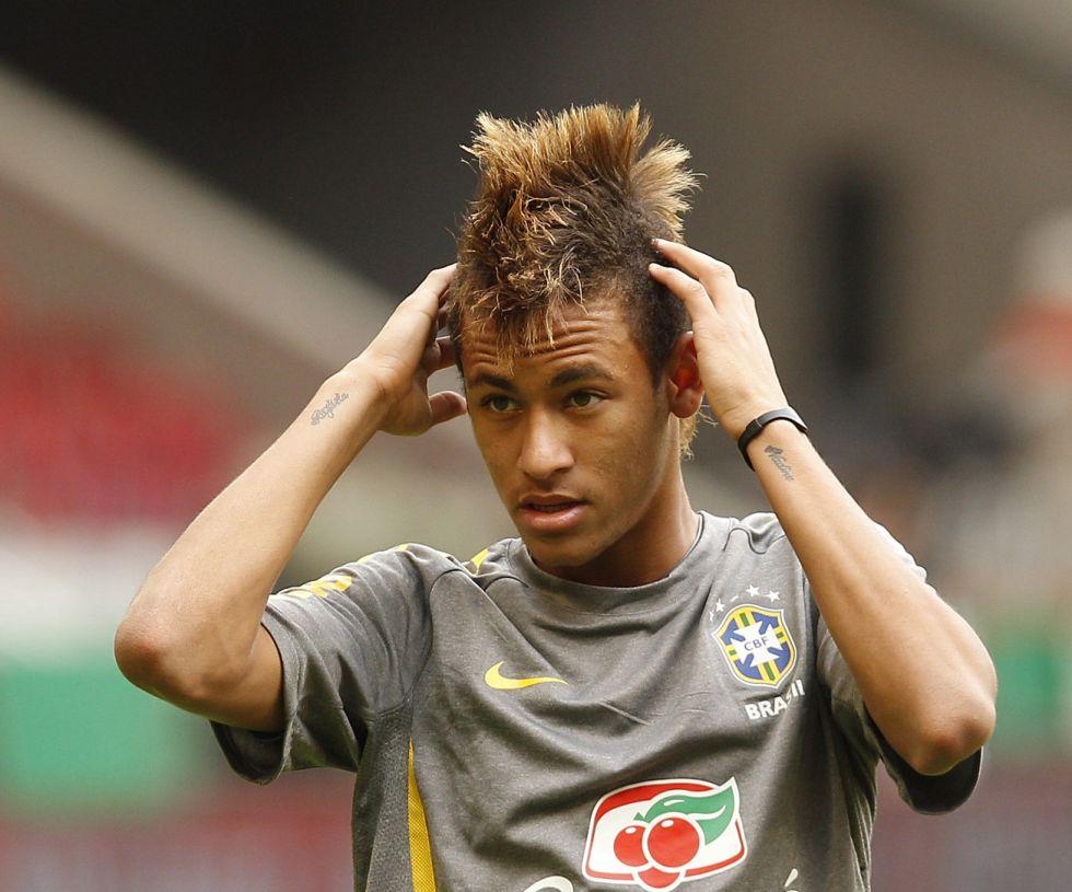 """Neymar: """"No creo que haya que salir fuera para crecer"""""""