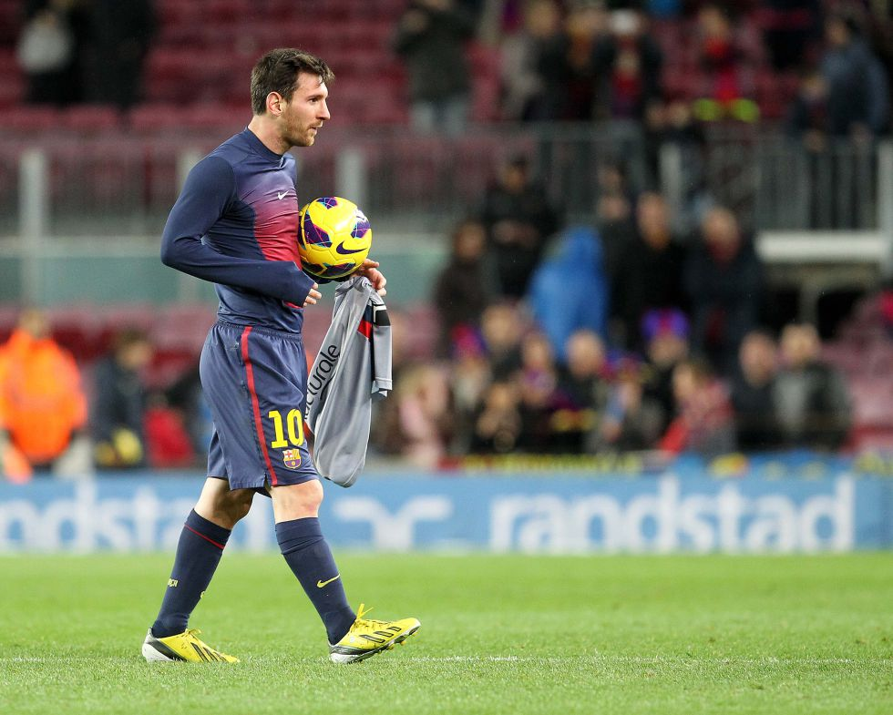 Leo Messi llega a los 200 goles cinco años antes que Raúl
