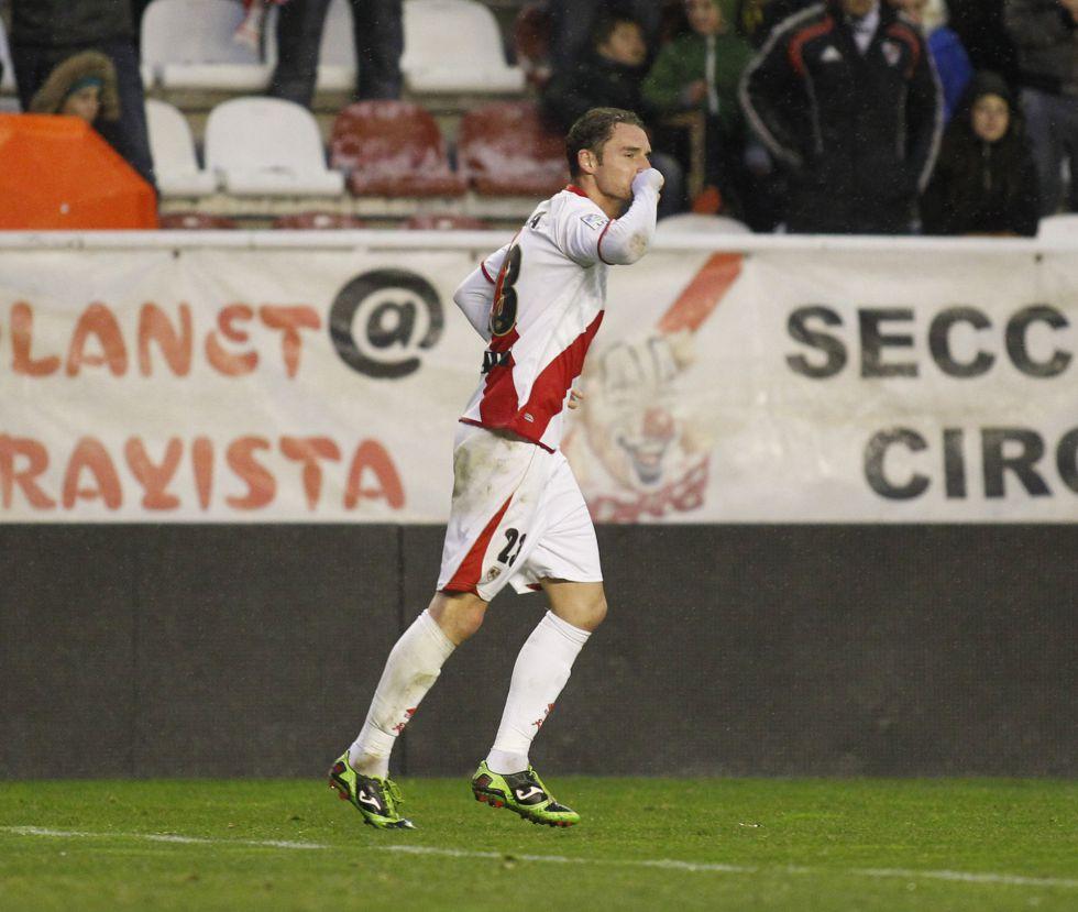 """Delibasic: """"Tenia una dedicatoria especial por mi gol a Michu"""""""