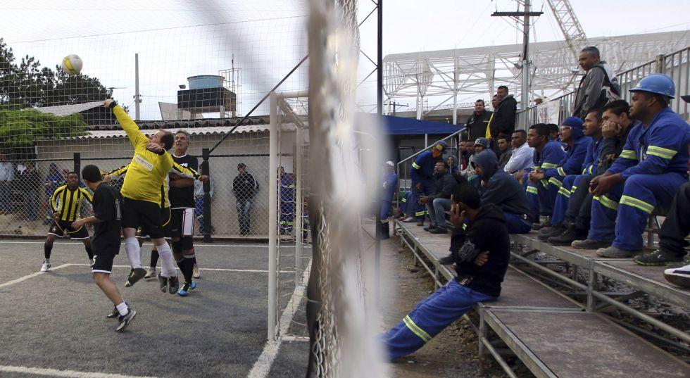 Brasil siente su Mundial a 500 días de que empiece el torneo