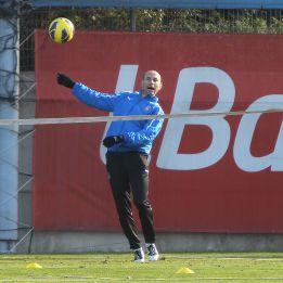 """Martin Petrov: """"Tenemos equipo y jugadores para salvarnos"""""""