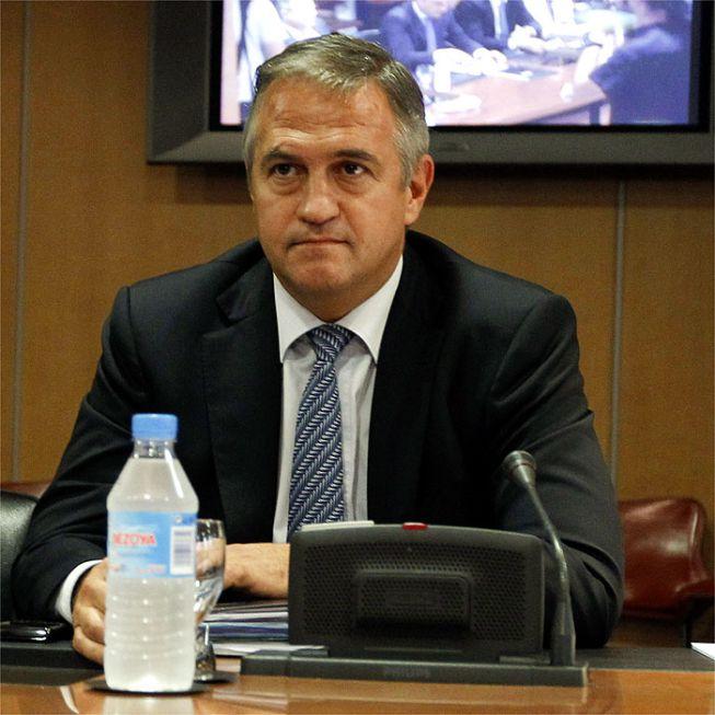 Mañana se firma el reglamento económico de fútbol profesional