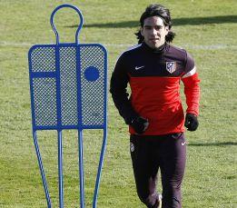 Radamel Falcao apura para llegar y hoy pasará una prueba