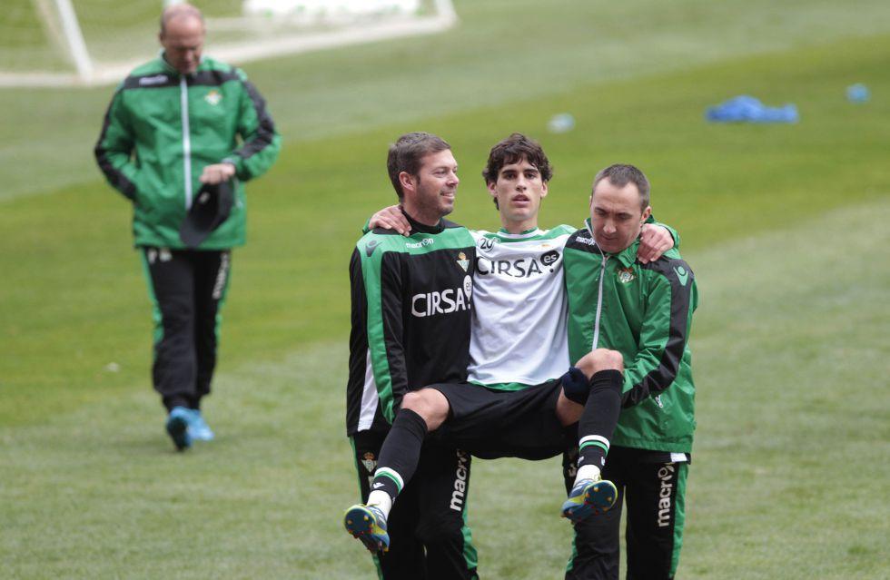 Eder Vilarchao renueva contrato con el Betis hasta junio de 2016