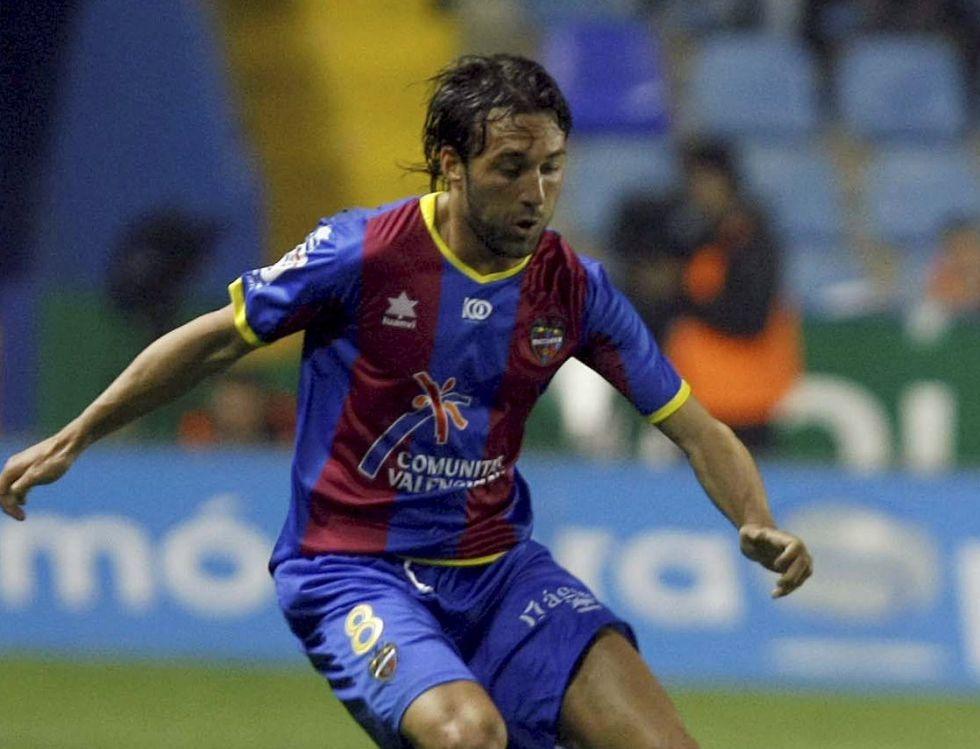 Óscar Serrano se desvincula del Levante sin haber debutado